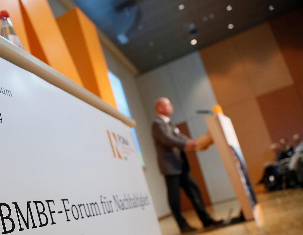 Das 12. BMBF- Green Economy Forum richtet den Fokus auf die drei Leitinitiativen zur Zukunftsstadt, Energiewende und zur Umwelt- und gesellschaftsverträgliche Transformation des Energiesystems.