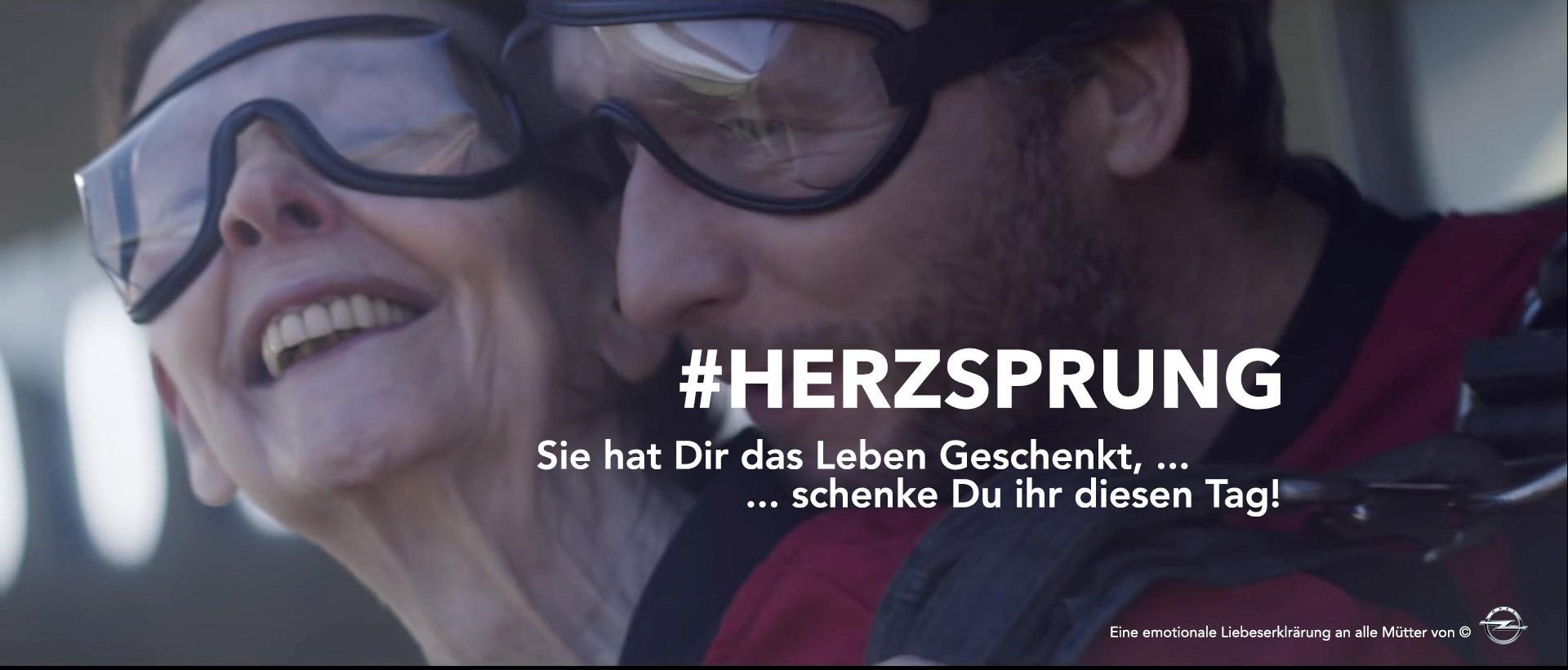 Opel verschenkt zum Muttertag große Emotionen #Herzsprung @Twitter © Opel (Liebe macht alles möglich)