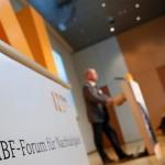 Das 12. BMBF-Forum richtet den Fokus auf die drei Leitinitiativen zur Zukunftsstadt, Energiewende und zur Umwelt- und gesellschaftsverträgliche Transformation des Energiesystems.